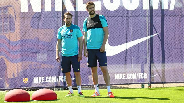 Spécial Messi et FCBarcelone (Part 2) - Page 8 Pic_2014-05-15_ENTRENO_08.v1400235067