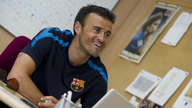 Spécial Messi et FCBarcelone (Part 2) - Page 9 2011-05-27_ENTREVISTA_LUIS_ENRIQUE_018.v1400523879