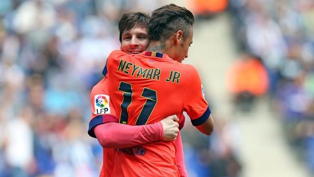 Spécial Messi et FCBarcelone (Part 2) - Page 11 Fin_du_match_messi_ney.v1429978871