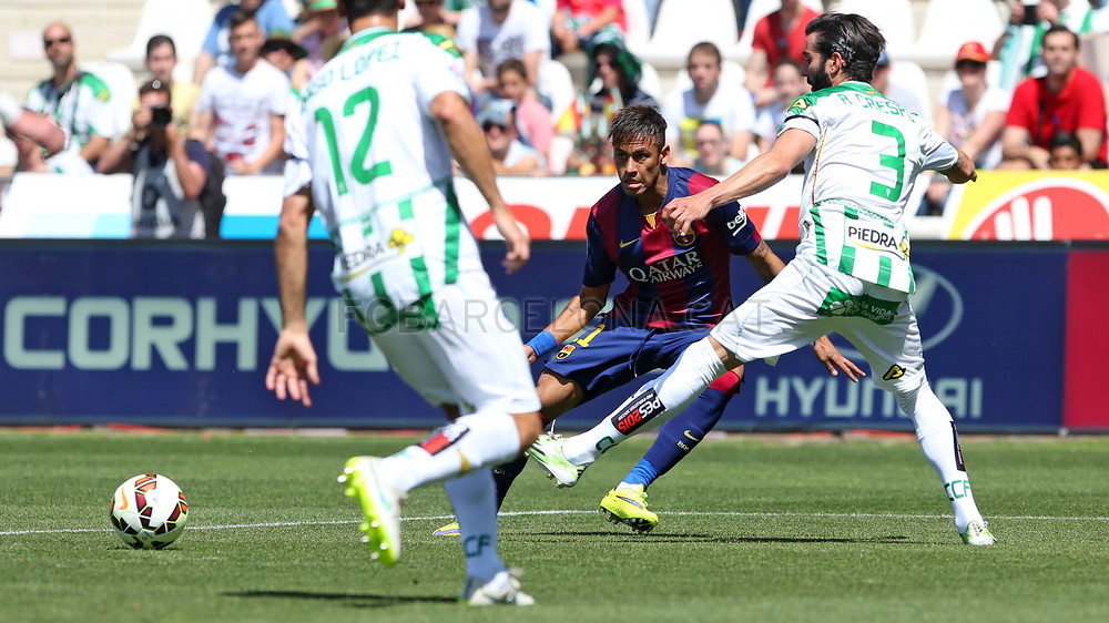 صور : مباراة قرطبة - برشلونة  0-8 ( 02-05-2015 )  2015-05-02_CORDOBA-BARCELONA_03.v1430584724