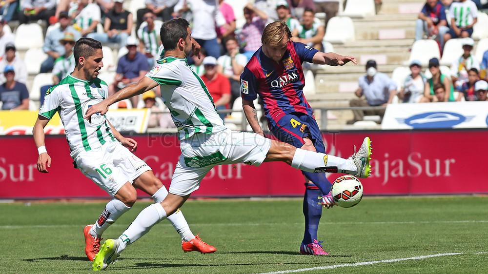 صور : مباراة قرطبة - برشلونة  0-8 ( 02-05-2015 )  2015-05-02_CORDOBA-BARCELONA_12.v1430584771