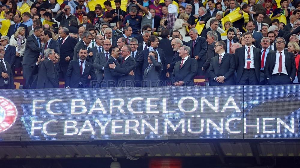 صور : مباراة برشلونة - بايرن ميونيخ  3-0 ( 06-05-2015 )  Pic_2015-05-06_OTRO_BARCELONA-BAYERN_13-Optimized.v1430999161