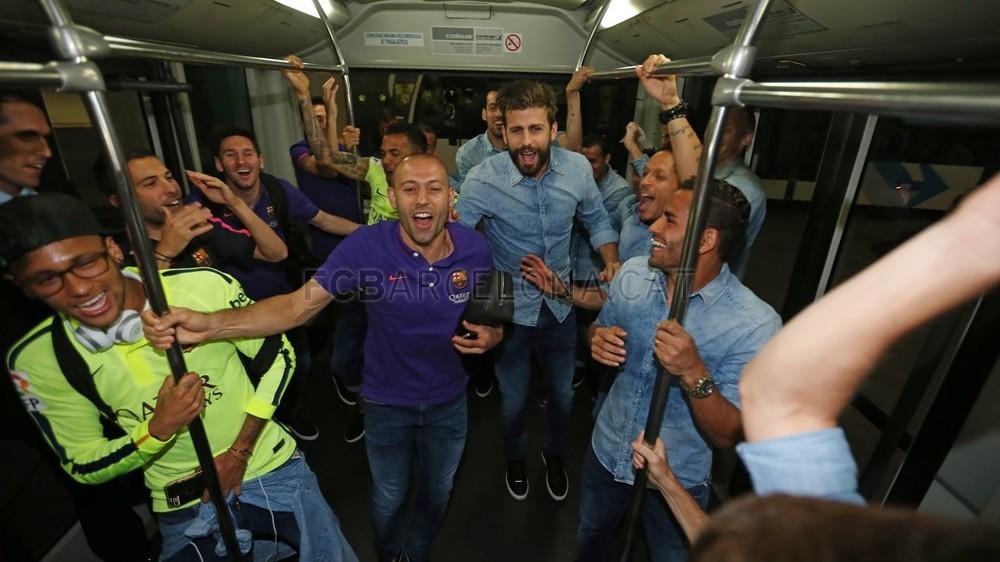 عودة ميمونة لحامل اللقب نادي برشلونة  Pic_2015-05-17_REGRESO_02-Optimized.v1431949269