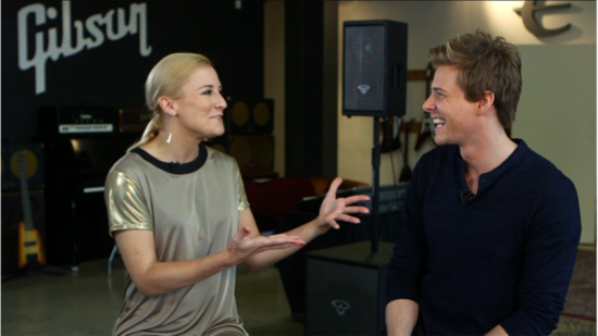 ¡Pillados! #Juego - Página 2 Hunter-Parrish-Talks-Catching-Fire-Finnick-Rumors-Video
