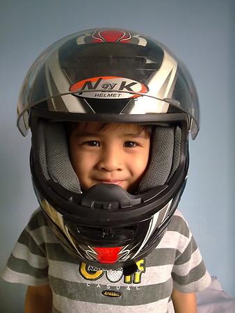 Helmet dan Apparel Yang Selesa Untuk  Anda dan Pillion?????? 001509