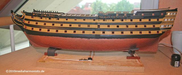 Le plastique c'est fantastique (HMS Victory) 640_Victory-side_9305