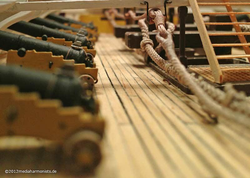 Le plastique c'est fantastique (HMS Victory) 800_Victory-messenger_0757b