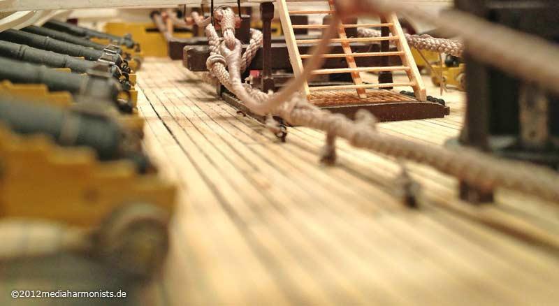 Le plastique c'est fantastique (HMS Victory) 800_Victory-messenger_0771b