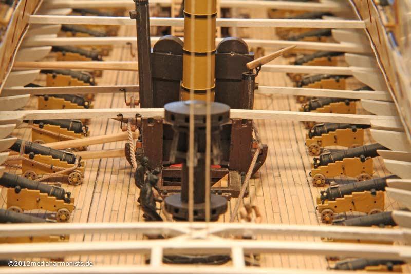 Le plastique c'est fantastique (HMS Victory) 800_Victory-messenger_3467