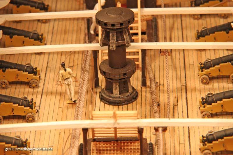 Le plastique c'est fantastique (HMS Victory) 800_Victory-messenger_3564