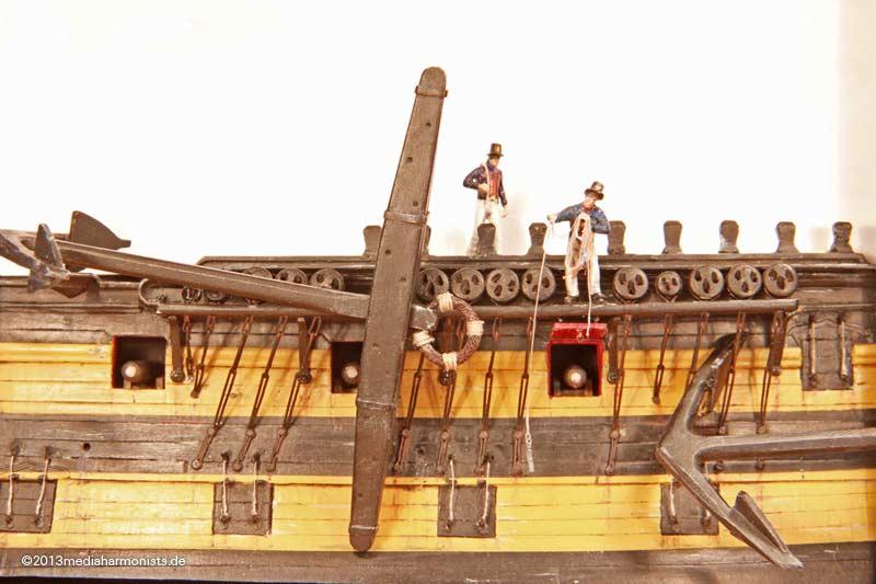 Le plastique c'est fantastique (HMS Victory) Deep17_130530_7652