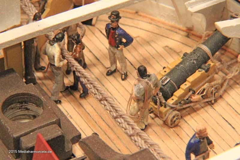 Le plastique c'est fantastique (HMS Victory) - Page 2 Victory-messenger_0094