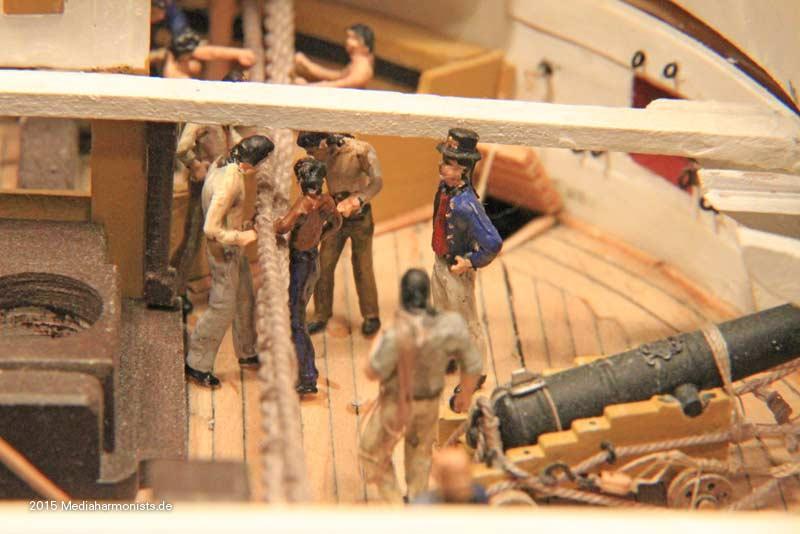 Le plastique c'est fantastique (HMS Victory) - Page 2 Victory-messenger_0099