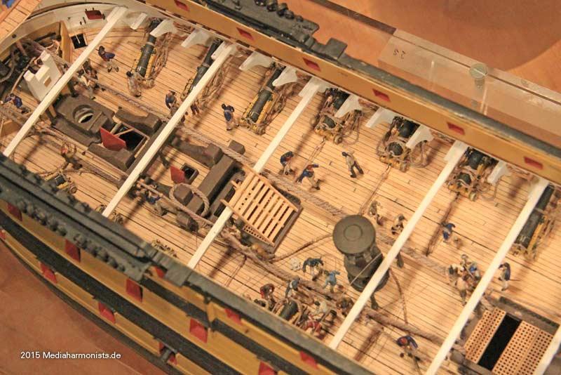 Le plastique c'est fantastique (HMS Victory) - Page 2 Victory-messenger_0150