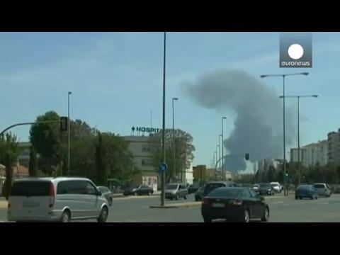 Un airbus A 400 M s'écrase près de Séville... Smumvf-L