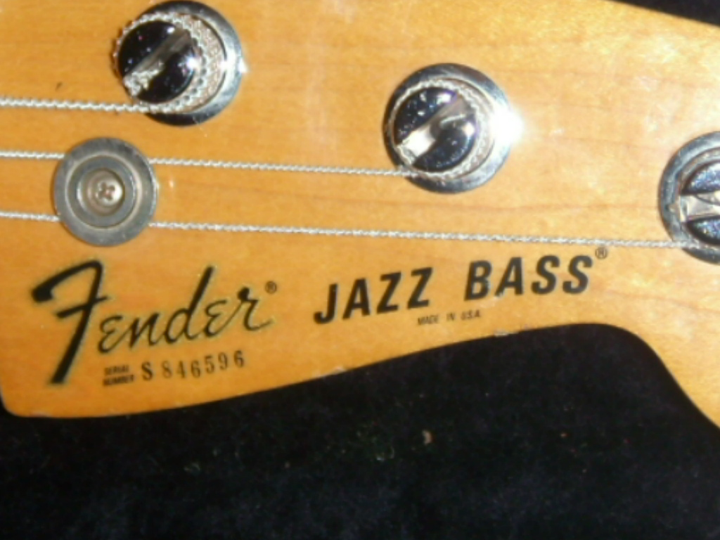 Fender Jazz Bass 77 Fender-jazz-bass-antigua-1978-92378