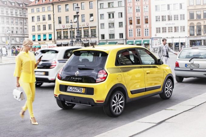 Assurances : résilier plus rapidement grâce à la loi Hamon Renault-twingo-0020-680x453
