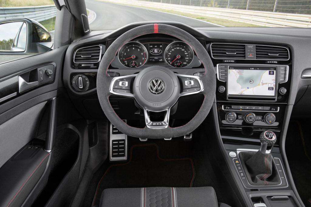 Volkswagen Golf GTI Clubsport : Ultime évolution Md_db2015au01319_large.jpg-1024x683