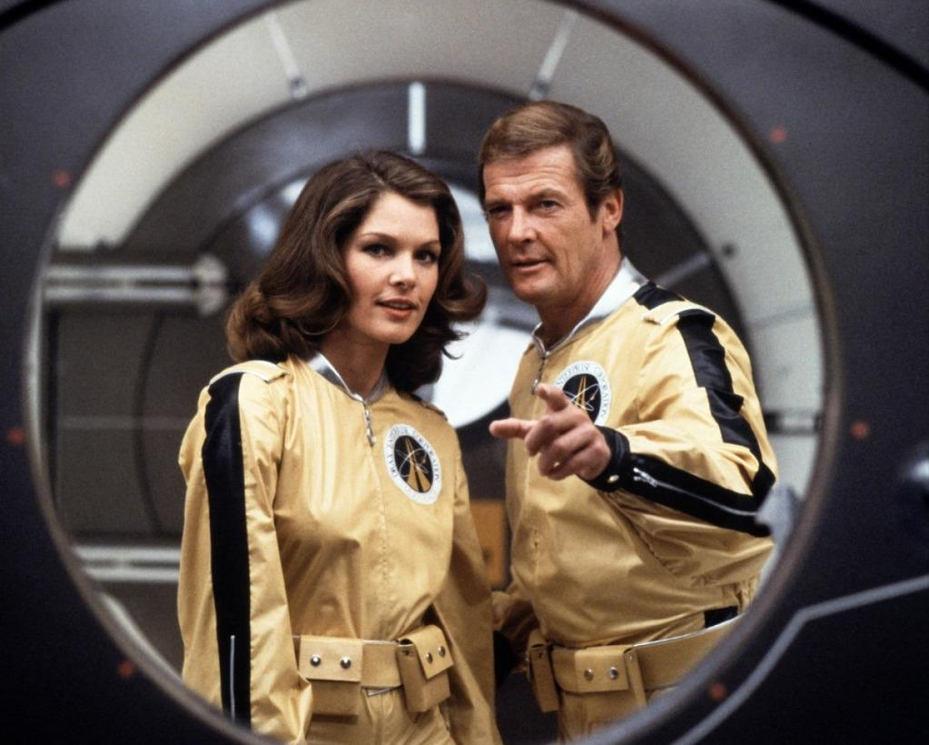 The United States of the Solar System, A.D. 2133 (Book Four) - Page 20 Moonraker-roger-moore-james-bond-lois-chiles-dr-holly-goodhead
