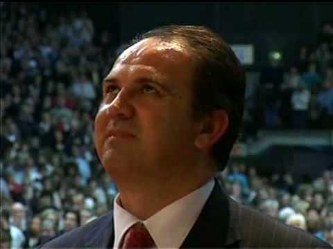 """MEDJUGORJE : """"Notre-Dame m'a pris deux fois dans le Paradis"""" (Ivan) Ivan_milano_april20082"""