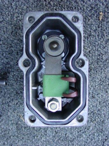 Modifier la contre pression d'injection - Page 2 DSC00496