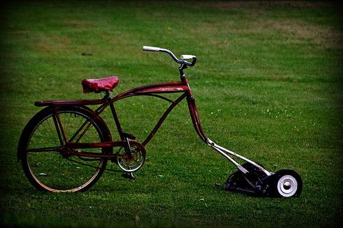 Photos diverses Bike-mower_olsongirl1
