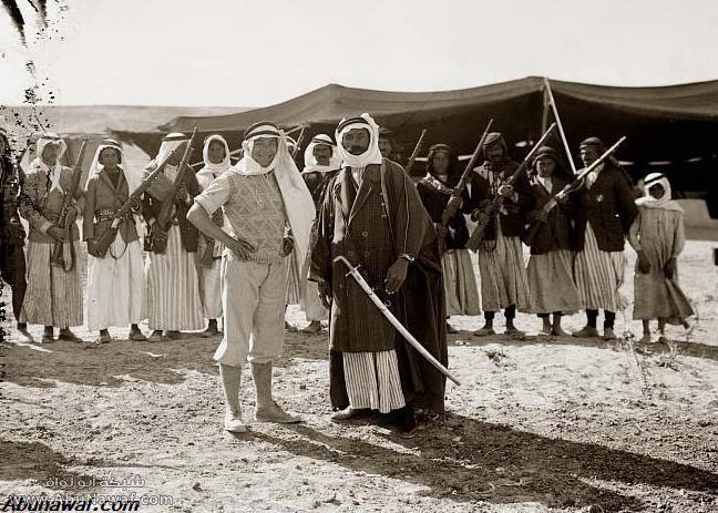 صور قديمة Sword-Arab