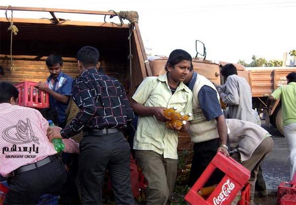 حادث سيارة عند الهنود ما صدقوا هجووووم W5