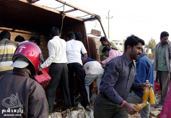 حادث سيارة عند الهنود ما صدقوا هجووووم W6