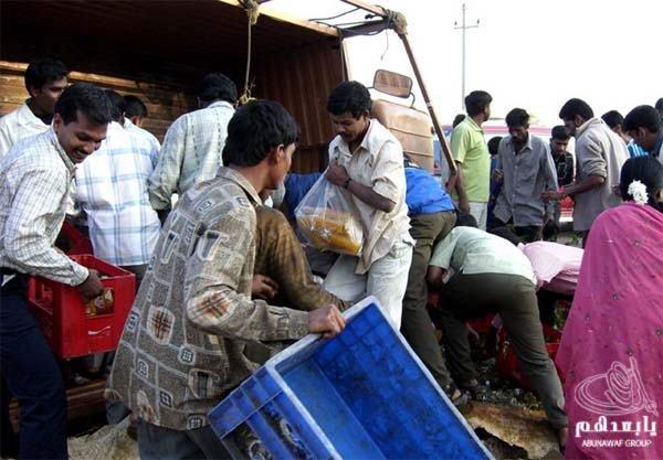 حادث سيارة عند الهنود ما صدقوا هجووووم W7
