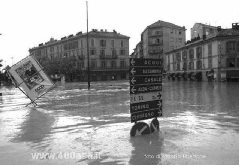 E se le cose cominciassero a precipitare? (V parte) - Pagina 10 Alluvione_alessandria_05