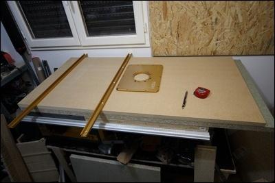 Table custom (avec insert defonceuse) en remplacement de celle de ma kity 419  1-0014718-1