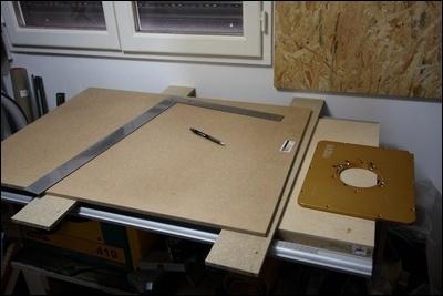 Table custom (avec insert defonceuse) en remplacement de celle de ma kity 419  1-0014739-1