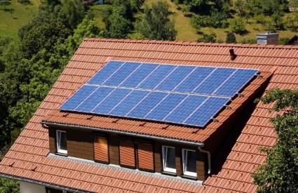 Solarne ploče su otrovne Solar_panels_shutter