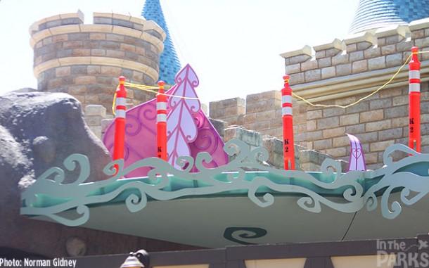 [Disneyland Park] Alice in Wonderland fermée pour mise en conformité (16 juillet au 13 août 2010 et de mi-mars au 04 juillet 2014)  - Page 2 IMG_1619-610x381