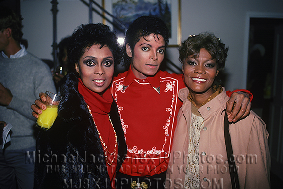 Michael Jackson Com Famosos Michaeljacksonphotos1983wfamousfriendsju1211b