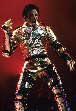 Immagini MJ con il costume Gold Outfit 4304273_orig