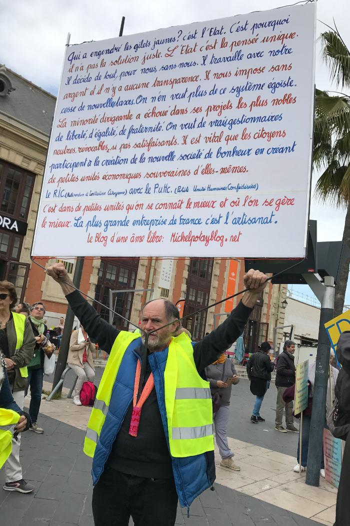 Les gilets jaunes et les Pèlerins d'Arès Nice09-03-2019-2