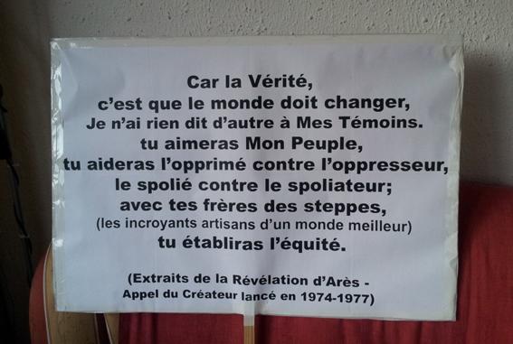 L'entrée 205 Gilets Jaunes Panneau-RachelFlora-Lyon