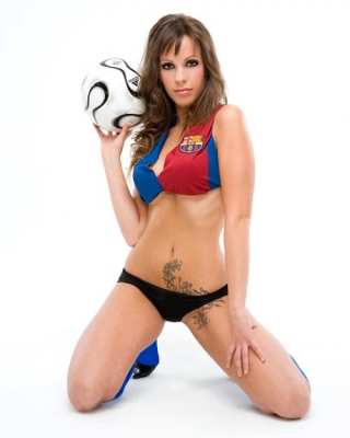 Patricia conde tope cañon con la camiseta de henry 14 Chicas_del_fc_barcelona_20090421_2043664081