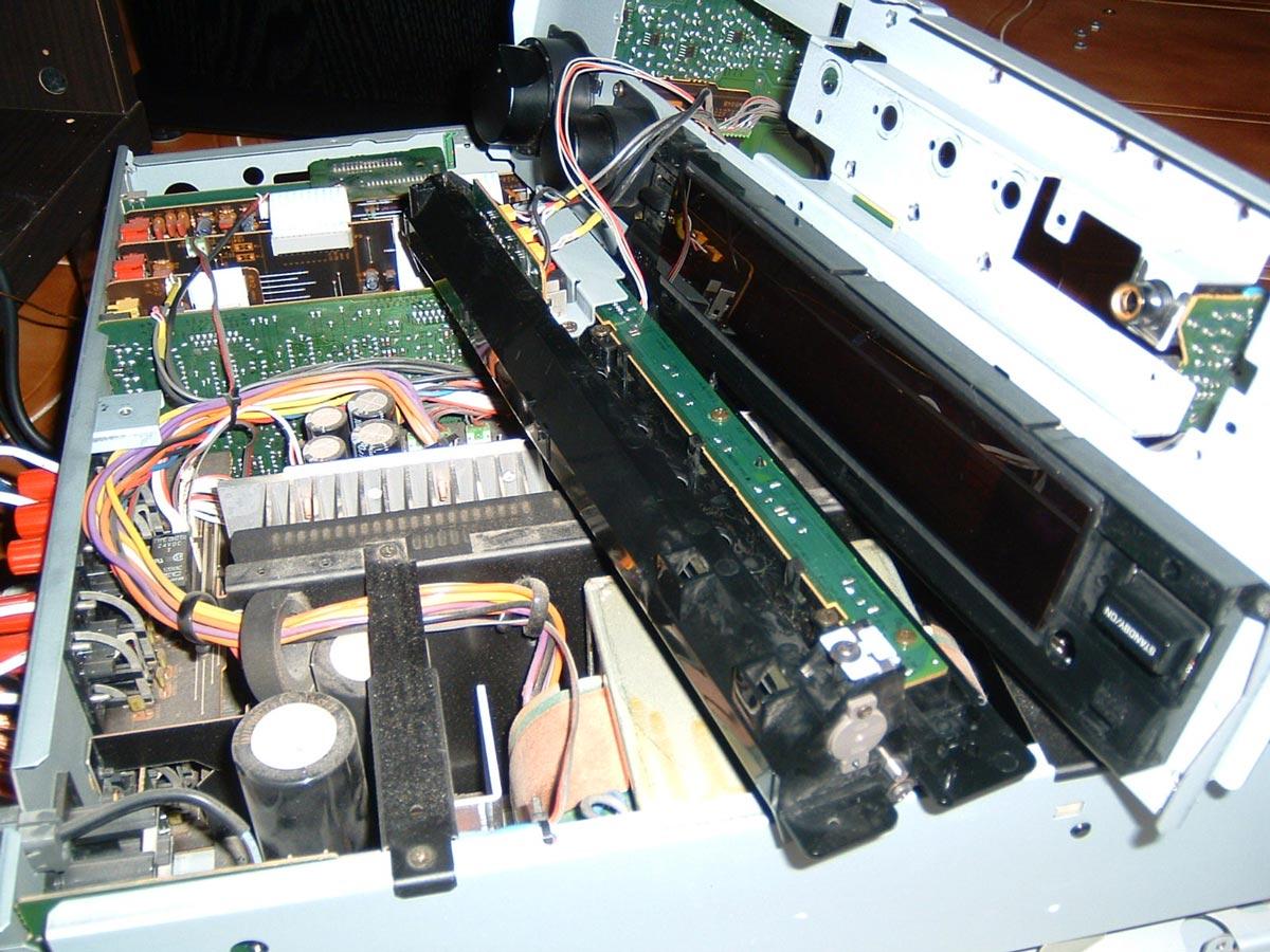 Um iniciado ao mundo do Hifi Yamaha_rx_v2095_2