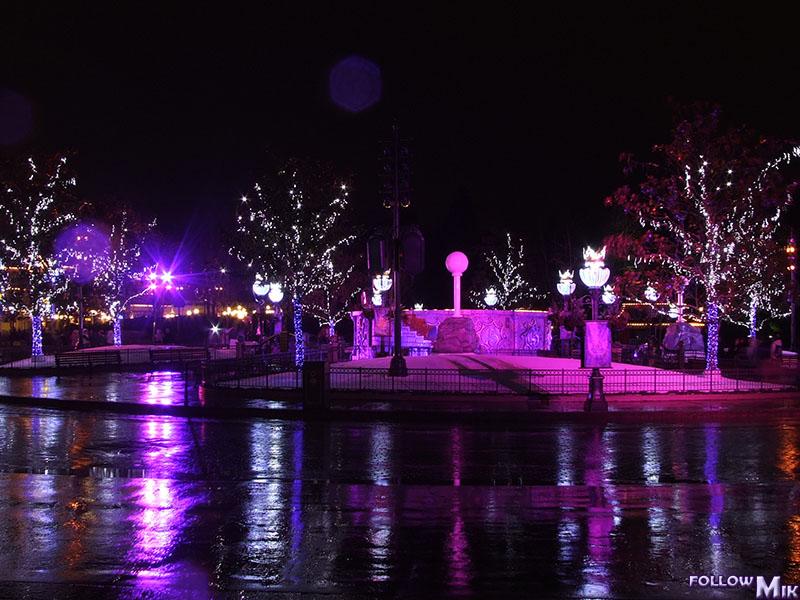 Les saisons de Noël au parcs a travers les années depuis 1992 ! ^^ 2007%203