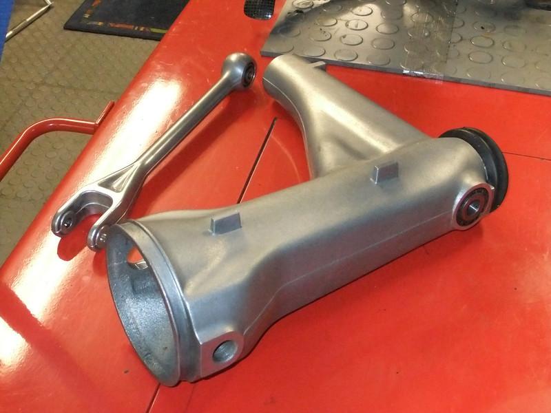 Final drive bearings.. BMW%20K1%20%2874%29-L