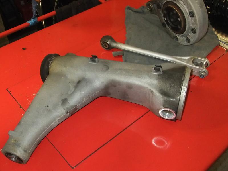 Final drive bearings.. BMW%20K1%20%2870%29-L