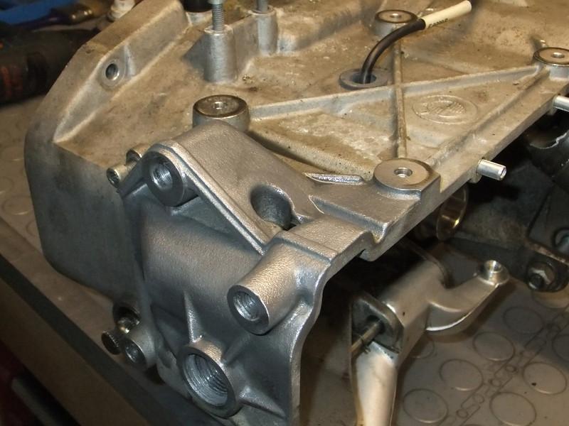 Final drive bearings.. BMW%20K1%20%2884%29-L