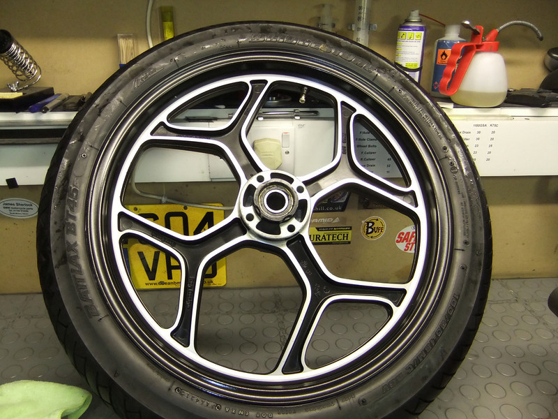 K100 Front Wheel - differences between years? K75S%20%2852%29-L