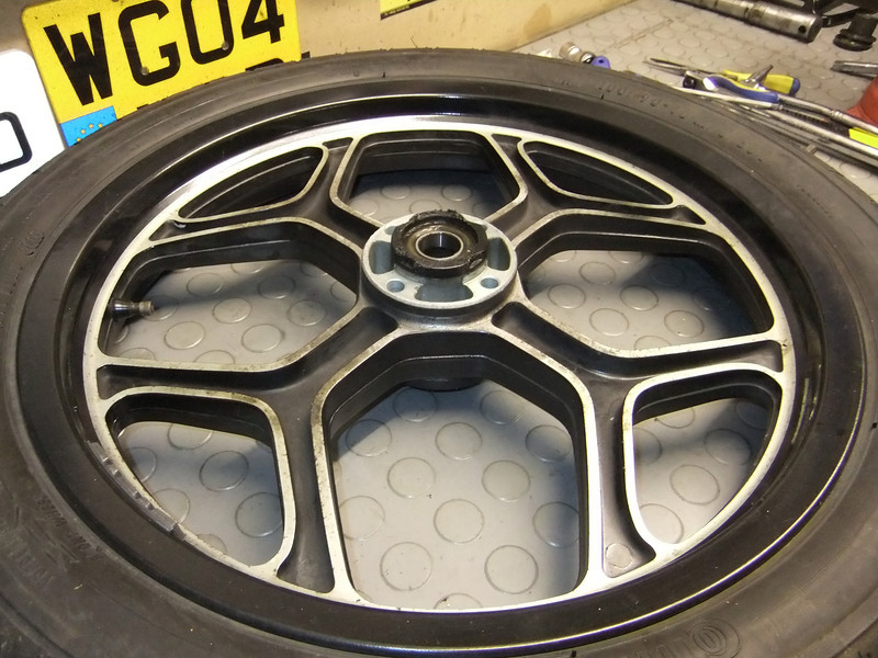 K100 Front Wheel - differences between years? BMW%20K75S%20%2857%29-L