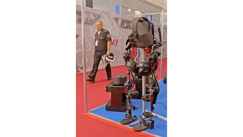 Russia's Future Technology Weapons - Page 3 Exosuite