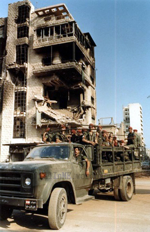 scènes de combat (armée libanaise, palestinien, chrétien...) 6a00d8341cd00753ef0133ed170045970b-copie