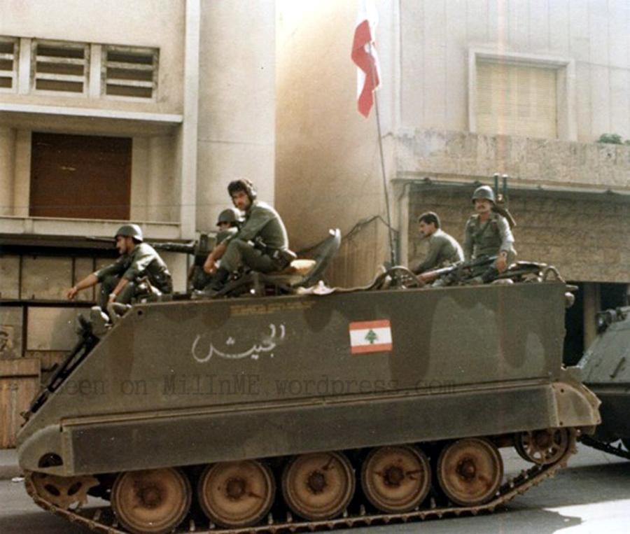 scènes de combat (armée libanaise, palestinien, chrétien...) 6a00d8341cd00753ef0133ed1700c1970b-copie